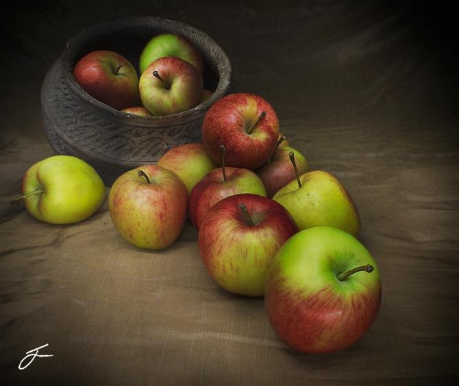 Apples JC